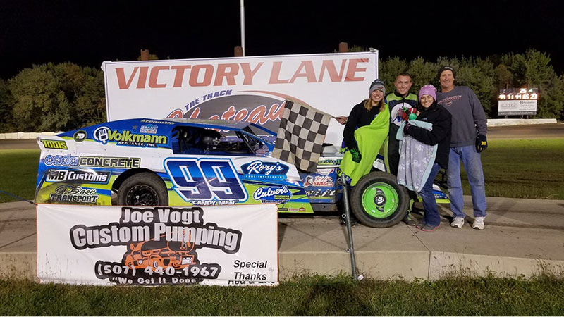Josh Angst won the French's Repair USRA Modified main event.